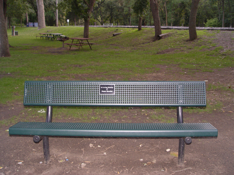 Park bench fun with hot blonde jade amber - 2 4